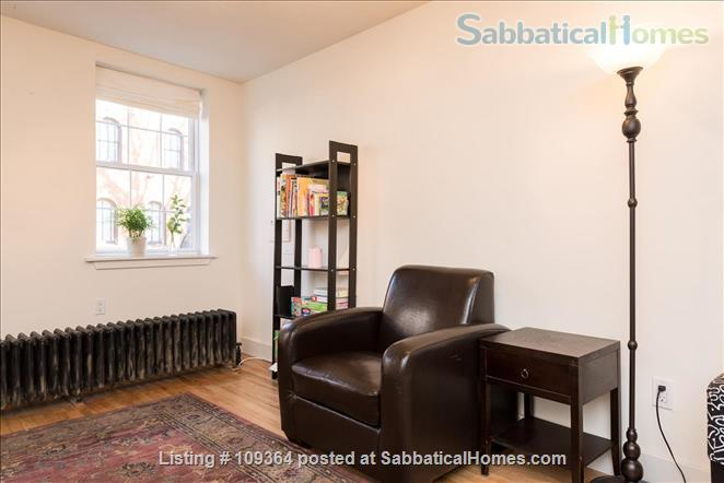 Fantastic Location, Modern Home in Center City, Child-Friendly, 2 Bedroom with Extra Sofa-Bed in Finished Basement Home Rental in Philadelphia, Pennsylvania, United States 3