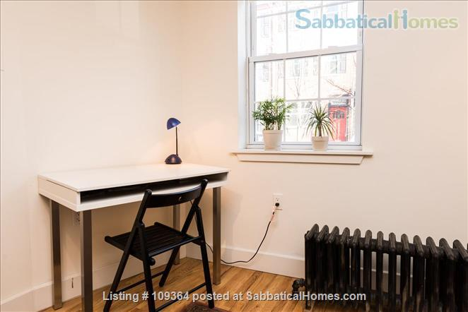 Fantastic Location, Modern Home in Center City, Child-Friendly, 2 Bedroom with Extra Sofa-Bed in Finished Basement Home Rental in Philadelphia, Pennsylvania, United States 4