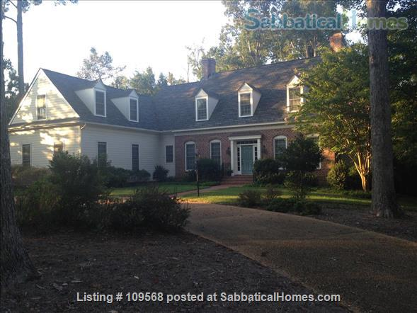 Beautiful home near William & Mary College and Colonial Williamsburg Home Rental in Williamsburg, Virginia, United States 1