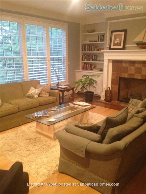 Beautiful home near William & Mary College and Colonial Williamsburg Home Rental in Williamsburg, Virginia, United States 2