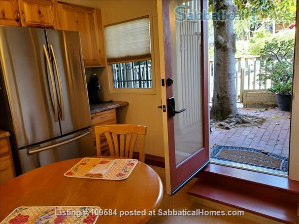 Bernal  heights one-bedroom with spectacular views. Home Rental in San Francisco, California, United States 4