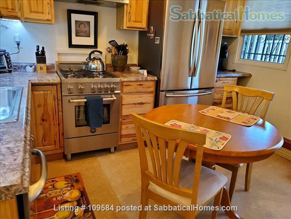 Bernal  heights one-bedroom with spectacular views. Home Rental in San Francisco, California, United States 3