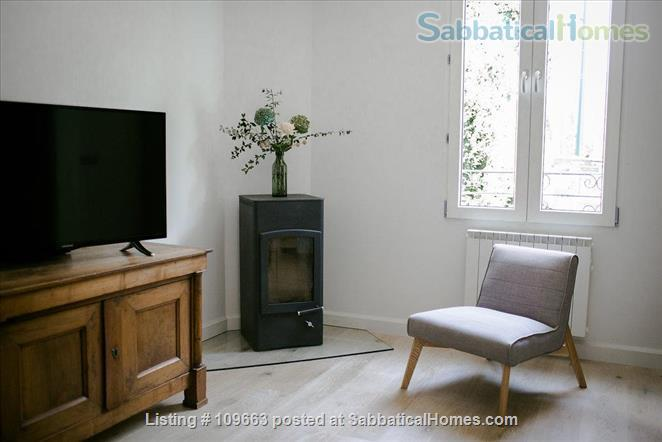 The cosy ground apartment in villa, Annecy, Venice of the Alps Home Rental in Annecy, Auvergne-Rhône-Alpes, France 1