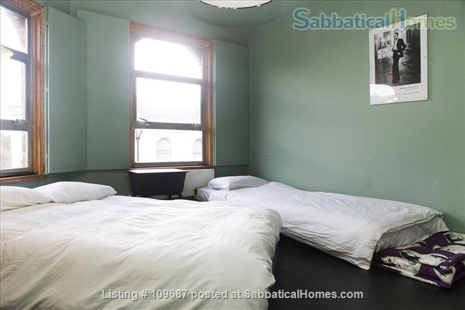 Contemporary central London apartment Home Rental in London, England, United Kingdom 9
