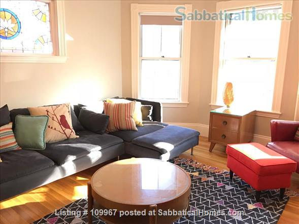 Perfect 2bd home-away-from-home in Spring Hill - Convenient to Harvard, MIT & Tufts Home Rental in Somerville 1