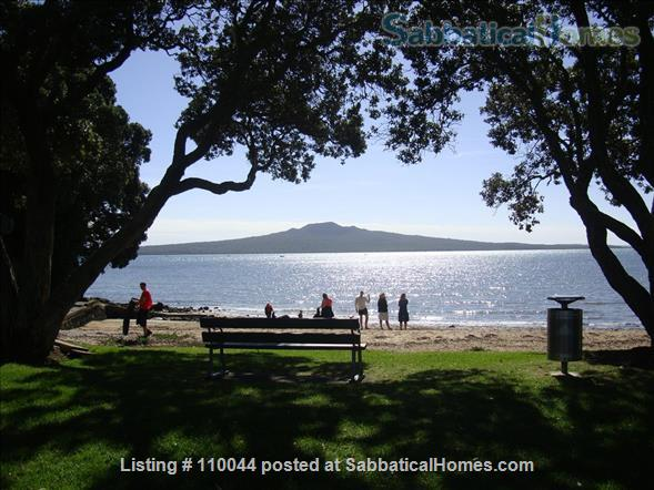 Beautiful Writers Retreat in Devonport Auckland Home Rental in Auckland 1