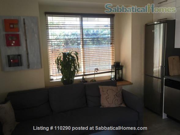 A rare find in Palo Alto! Home Rental in Palo Alto, California, United States 2