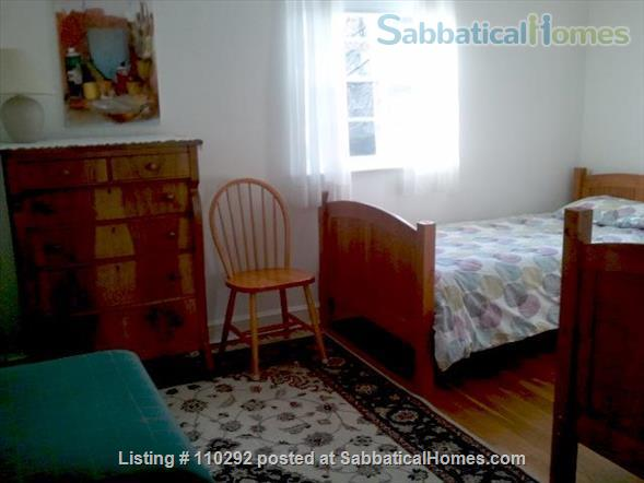 Bethesda Charming 3 Br, 2 Ba. Great Location! Walk to Metro. Furnished. Home Rental in Bethesda, Maryland, United States 5