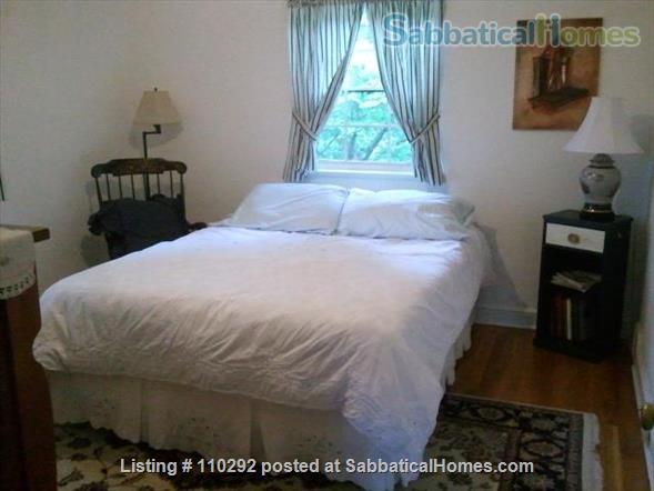 Bethesda Charming 3 Br, 2 Ba. Great Location! Walk to Metro. Furnished. Home Rental in Bethesda, Maryland, United States 6