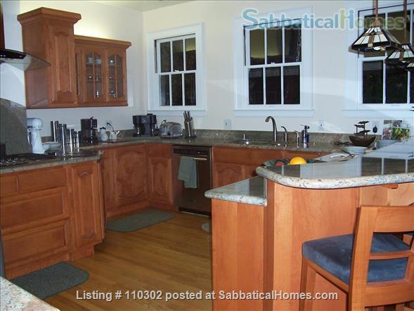 CHARMING, FURNISHED house  near downtown Palo Alto and Stanford University Home Rental in Palo Alto, California, United States 0