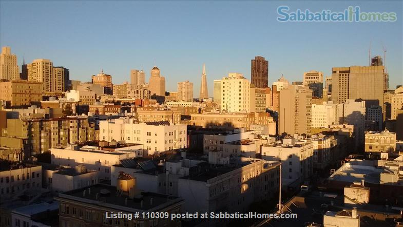 2 of 3 B/R, Huge, Stunning, Downtown Luxury Penthouse w/ Rare Flexibility -- Fireplace, Private Terrace, Hot-Tub, 360-Degree Views Home Rental in San Francisco, California, United States 3