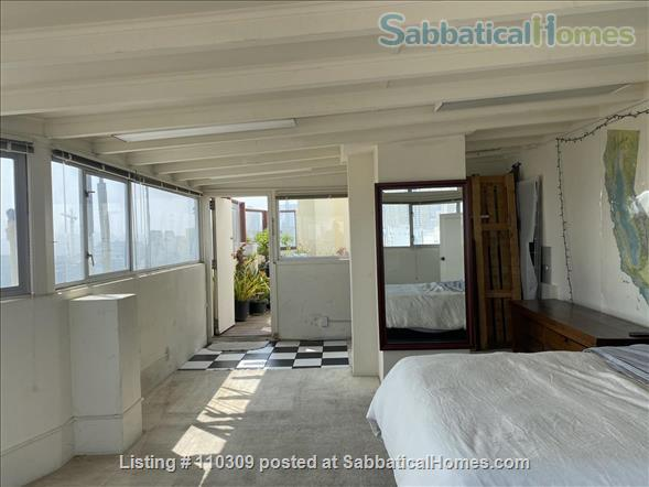 2 of 3 B/R, Huge, Stunning, Downtown Luxury Penthouse w/ Rare Flexibility -- Fireplace, Private Terrace, Hot-Tub, 360-Degree Views Home Rental in San Francisco, California, United States 5