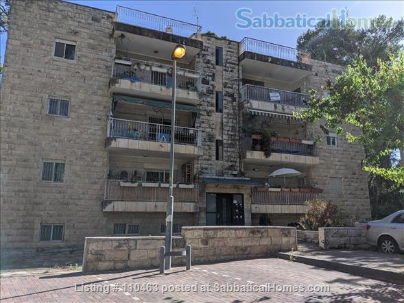 Beautiful Three Bedroom Furnished Apartment in Jerusalem Home Rental in Jerusalem, Jerusalem District, Israel 8