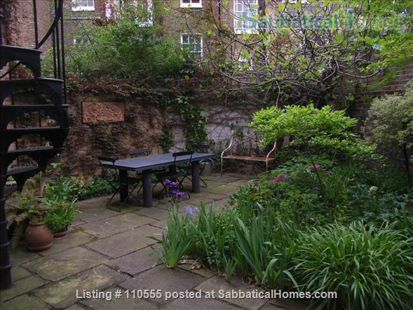 Beautiful 2-bed flat with large garden, Pimlico, SW1V 2LN, Central London Home Rental in Greater London, England, United Kingdom 2