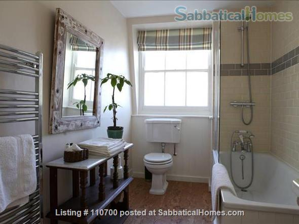 Near Tower Bridge - Entire Floor (70m2/750sq. ft.) in Central London Townhouse  Home Rental in Greater London, England, United Kingdom 2