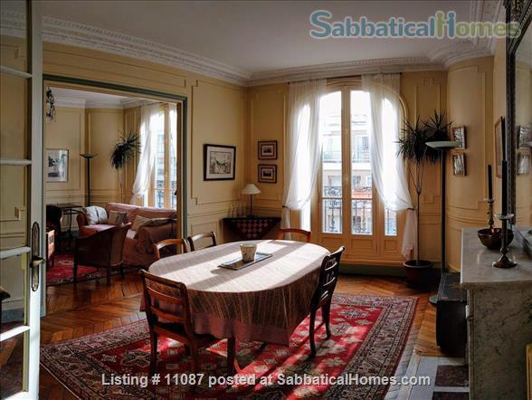 Charming, furnished 3 BR, 2BA, 1WC Home Rental in Paris, Île-de-France, France 1