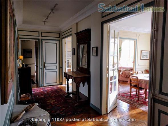 Charming, furnished 3 BR, 2BA, 1WC Home Rental in Paris, Île-de-France, France 2