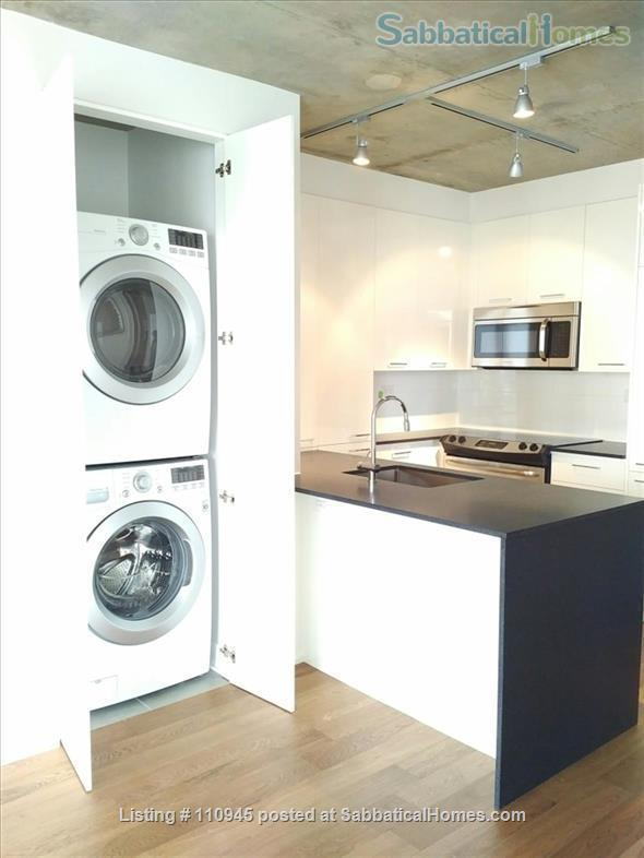 Montreal downtown! New Condo- Central to all MCGILL MUHC locations, *Ideal location* Atwater and St.Catherine Home Rental in Montréal, Québec, Canada 0