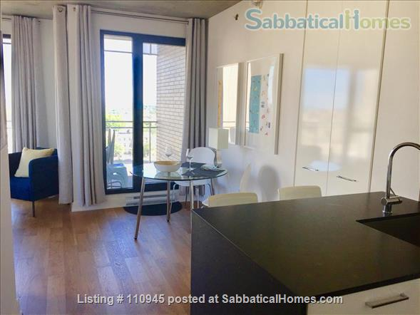 Montreal downtown! New Condo- Central to all MCGILL MUHC locations, *Ideal location* Atwater and St.Catherine Home Rental in Montréal, Québec, Canada 2