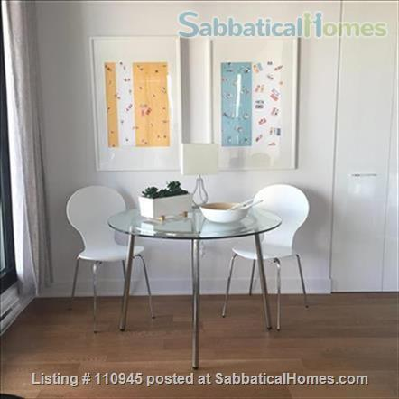 Montreal downtown! New Condo- Central to all MCGILL MUHC locations, *Ideal location* Atwater and St.Catherine Home Rental in Montréal, Québec, Canada 3