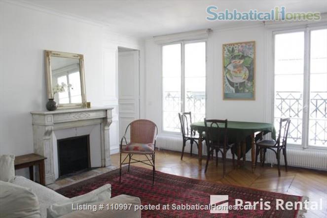 Charming Sunny flat Home Rental in Paris, Île-de-France, France 1