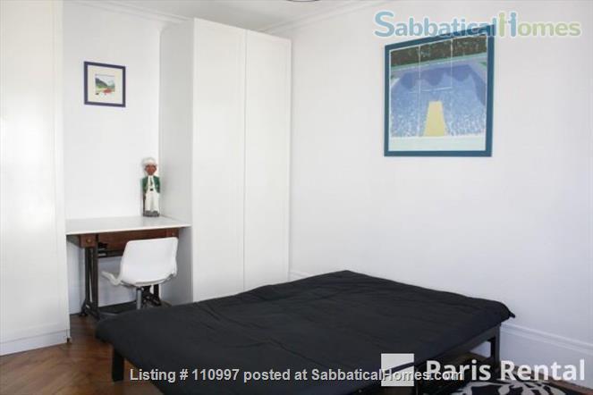 Charming Sunny flat Home Rental in Paris, Île-de-France, France 4