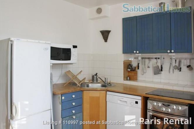 Charming Sunny flat Home Rental in Paris, Île-de-France, France 6