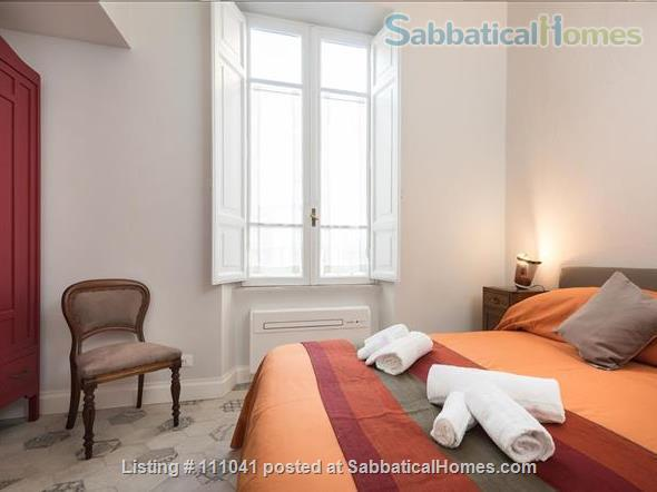 Casa Flavia at the Pantheon: a charming and quiet apartment Home Rental in Roma, Lazio, Italy 3