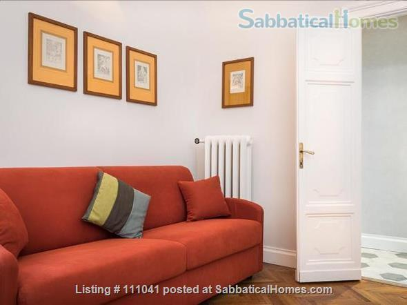 Casa Flavia at the Pantheon: a charming and quiet apartment Home Rental in Roma, Lazio, Italy 6