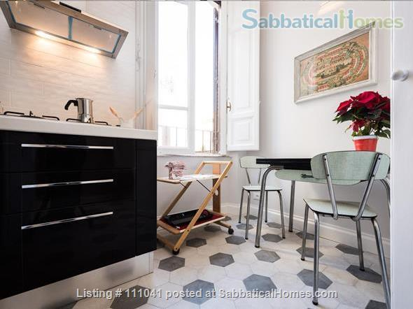 Casa Flavia at the Pantheon: a charming and quiet apartment Home Rental in Roma, Lazio, Italy 8