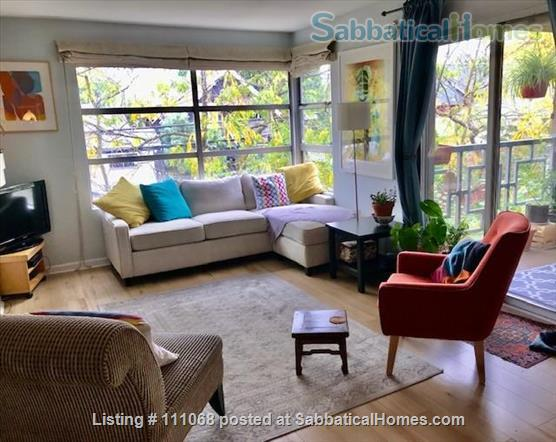Beautiful Kitsilano apartment. Pet friendly. Great location near the beach, mountain views Home Exchange in Vancouver, British Columbia, Canada 1