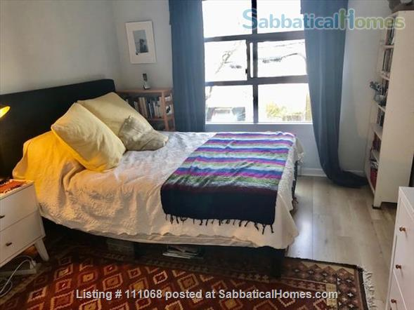 Beautiful Kitsilano apartment. Pet friendly. Great location near the beach, mountain views Home Exchange in Vancouver, British Columbia, Canada 4