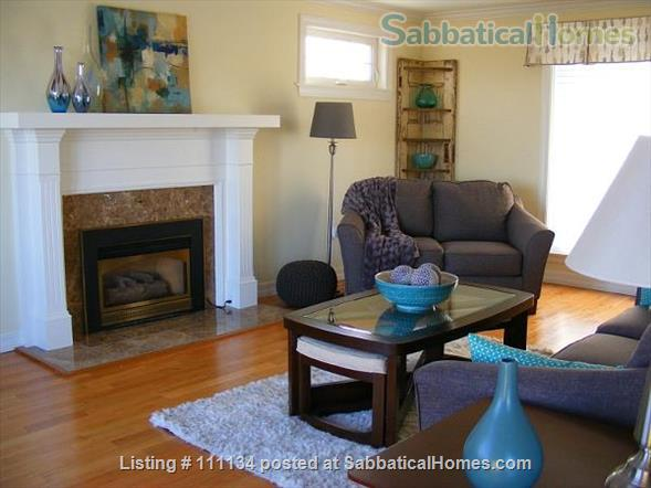 Beautiful upscale home in Wolfville, NS right next to Acadia University Home Rental in Wolfville, Nova Scotia, Canada 0