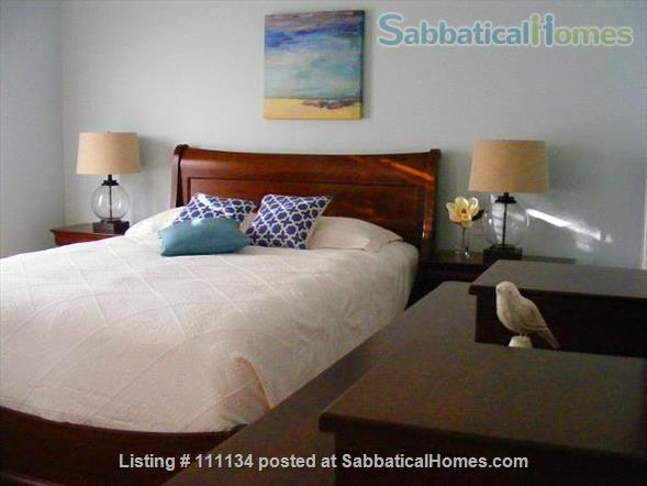 Beautiful upscale home in Wolfville, NS right next to Acadia University Home Rental in Wolfville, Nova Scotia, Canada 2