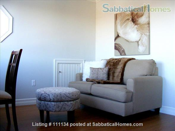 Beautiful upscale home in Wolfville, NS right next to Acadia University Home Rental in Wolfville, Nova Scotia, Canada 3