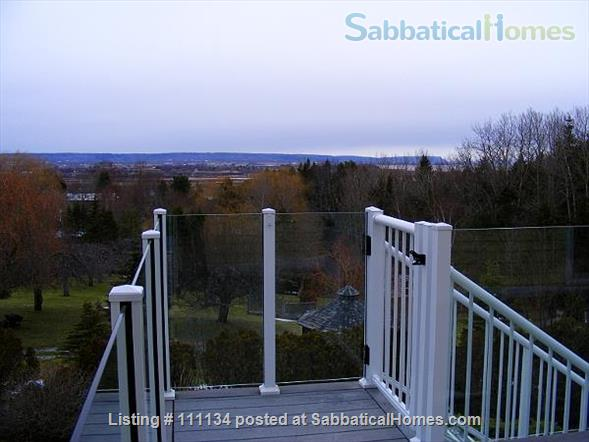 Beautiful upscale home in Wolfville, NS right next to Acadia University Home Rental in Wolfville, Nova Scotia, Canada 4