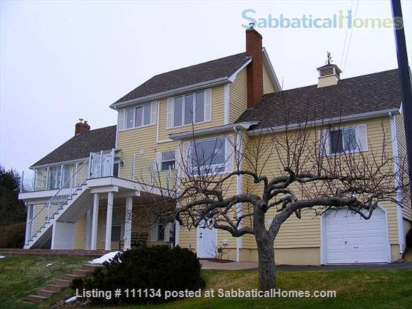 Beautiful upscale home in Wolfville, NS right next to Acadia University Home Rental in Wolfville, Nova Scotia, Canada 5