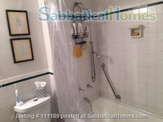 Carnegie Hill: Elegant 1BR  Apartment Home Rental in New York, New York, United States 7