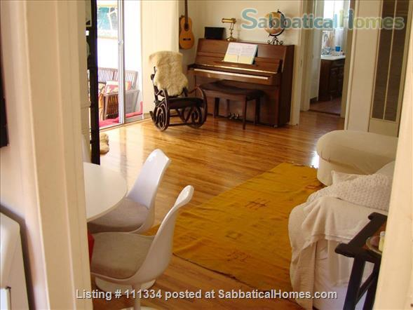 Beautiful house and fruit tree garden next to Santa Monica & Venice Home Rental in Los Angeles, California, United States 4