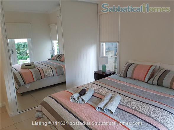 Modern 3 Bedroom Unit, Patio, leafy Yard, Pool Home Rental in South Brisbane, QLD, Australia 4