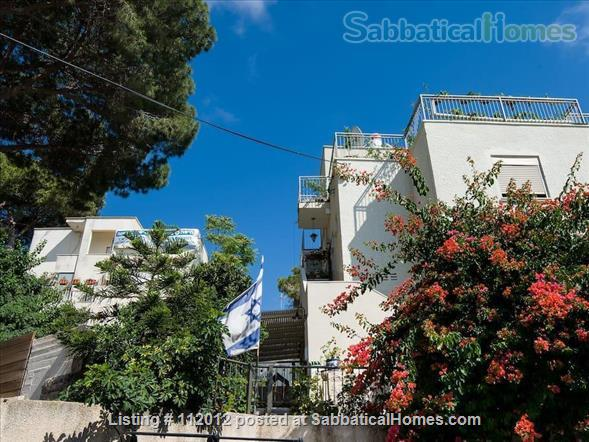 Haifa - Horev Center - Exquisite Beautiful Roof-top APT Sea View + Balcony Home Rental in Haifa, Haifa District, Israel 9