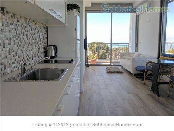 Haifa - Horev Center - Exquisite Beautiful Roof-top APT Sea View + Balcony Home Rental in Haifa, Haifa District, Israel 2