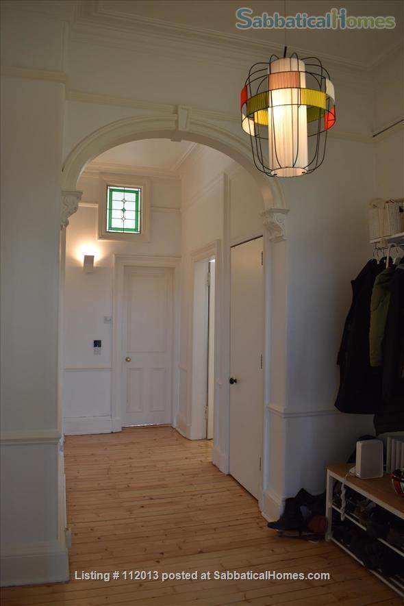 Beautiful, light-filled two bedroom Victorian tenement flat walking distance to university Home Rental in Edinburgh, Scotland, United Kingdom 7