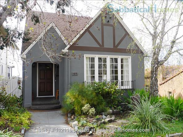 Beautiful furnished two bedroom/two bath house with great bay views includes utilities, cable and more Home Rental in Oakland, California, United States 1