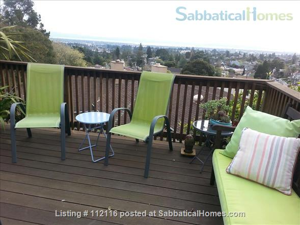 Beautiful furnished two bedroom/two bath house with great bay views includes utilities, cable and more Home Rental in Oakland, California, United States 7