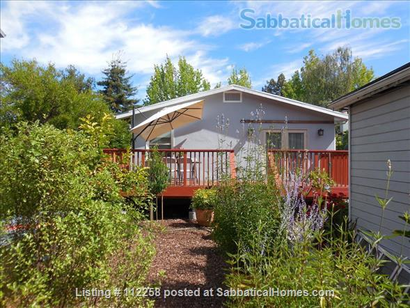 Craftsman Two Bedroom Family Home in Berkeley, near SF, Redwood Deck, Walking Distance to UC Berkeley Campus and Downtown, and All Major Public Transportation, Accommodates 4! Home Rental in Berkeley, California, United States 0