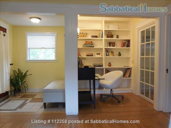 Craftsman Two Bedroom Family Home in Berkeley, near SF, Redwood Deck, Walking Distance to UC Berkeley Campus and Downtown, and All Major Public Transportation, Accommodates 4! Home Rental in Berkeley, California, United States 4