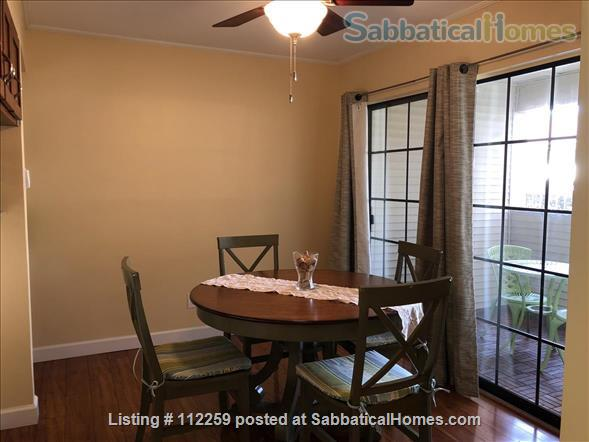 Condo in Central Austin, Bike friendly, bus friendly and reserved parking! Home Rental in Austin, Texas, United States 5