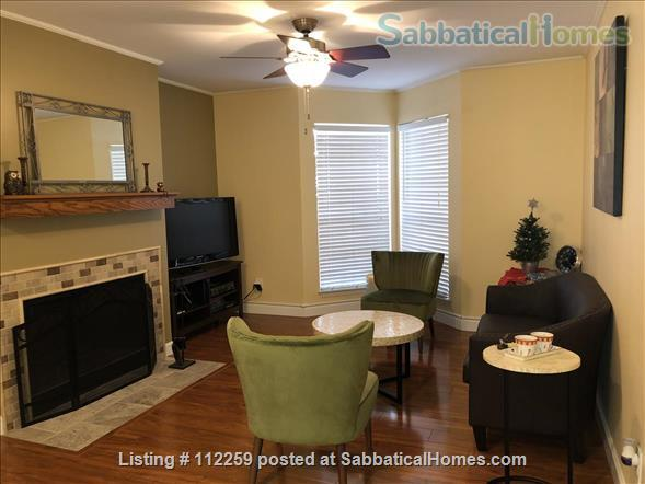 Condo in Central Austin, Bike friendly, bus friendly and reserved parking! Home Rental in Austin, Texas, United States 6