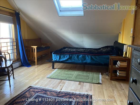 Comfortable 3 BD/2BA in Cambridge MA, close to Harvard and MIT Home Rental in Cambridge, Massachusetts, United States 2